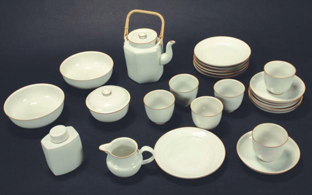 Gertrud Vasegaard Ceramics