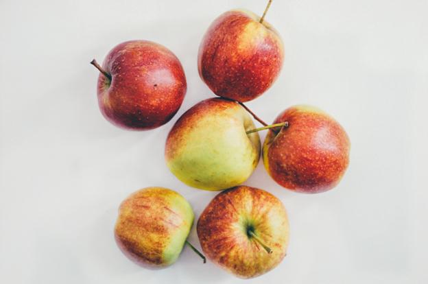 Seasonal Spoonful - Apples by Copenhagencakes