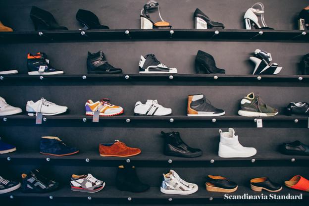 Temporary Showroom Sneakers   Scandinavia Standard