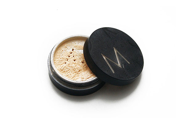 make up wonder powder - Women's Beauty Capsule Collection | Scandinavia Standard