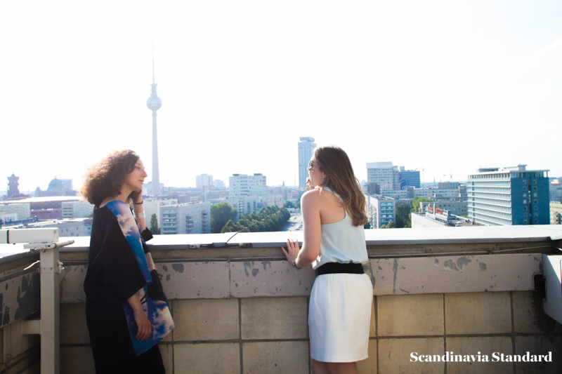 Checking out the view - Ambra Fiorenza   Scandinavia Standard