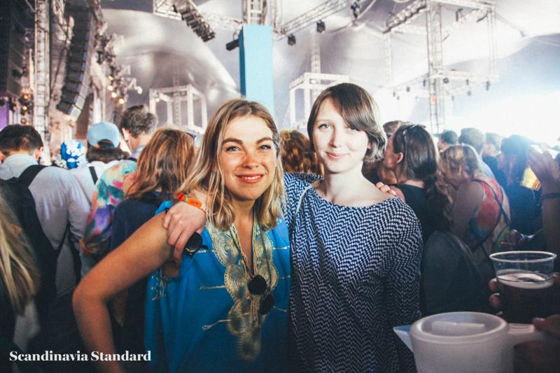 Father John Misty - Freya & Lena at Roskilde Festival | Scandinavia Standard