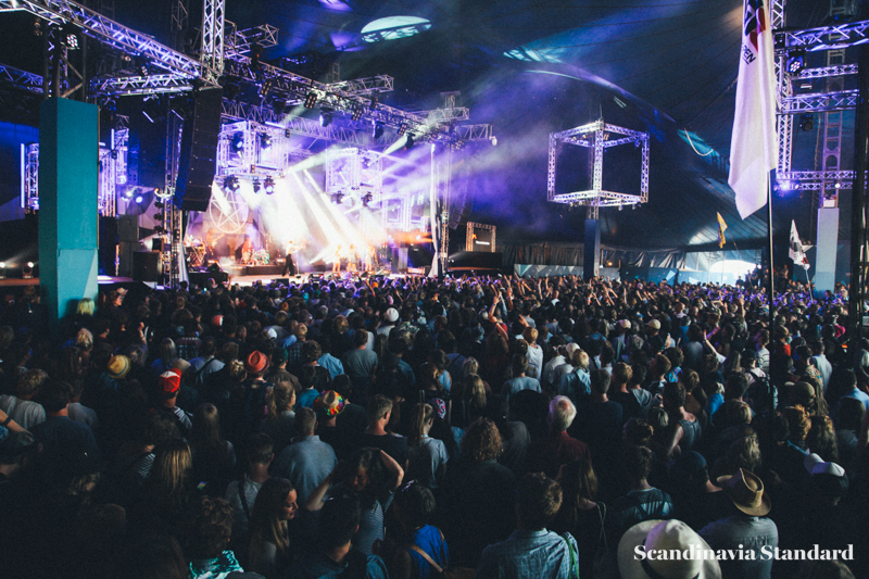 Foxygen at Roskilde Festival - Crowd | Scandinavia Standard