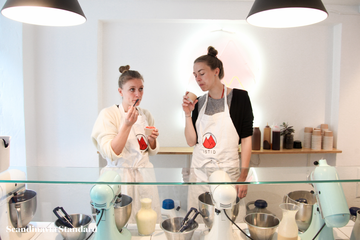 Nina and Anniken at Istid Copenhagen - Nitrogen Icecream | Scandinavia Standard