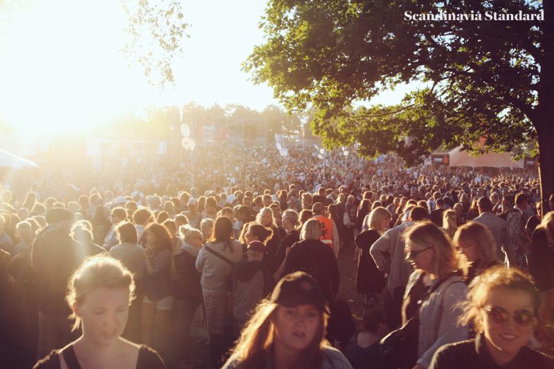 Roskilde Crowds in the Sun | Scandinavia Standard