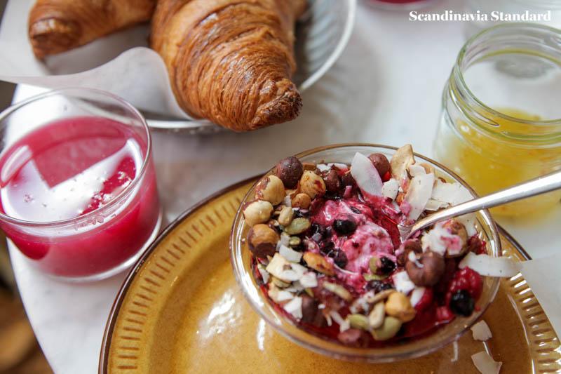 Pom & Flora Granola Breakfast Brunch in Stockholm | Scandinavia Standard