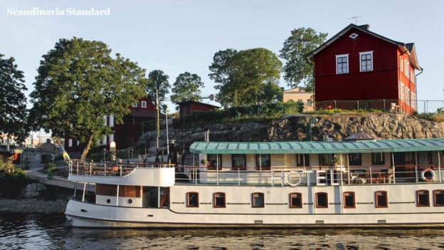 Prince van Orangiën Boat and The Slip - Stockholm   Scandinavia Standard