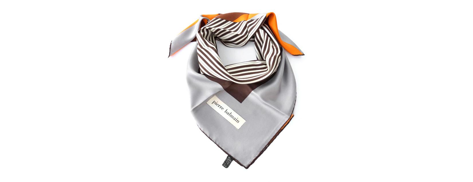 Balmain silk scarf - vintage | Scandinavia Standard