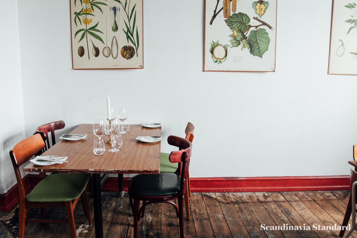 Je T'aime Copenahgen Seats and Vintage Scientific Botanical Pictures | Scandinavia Standard