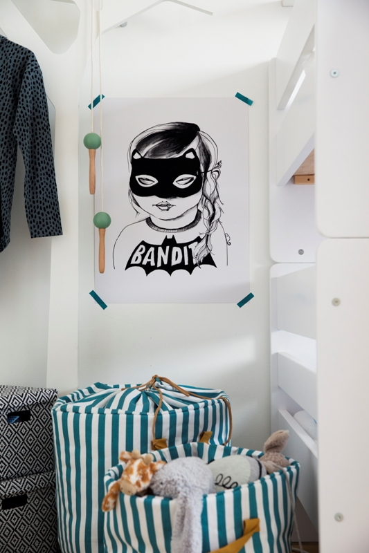 Blogger Niki Is Coming To Scandinavian Design As An Outsider And That Makes Her A Great Explorer She Always Manages Find The Lovely Moment Or Cosy