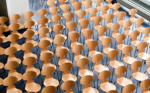 Danish-TM-Ant-Chairs-Design-Skolen-Kolding-Auditorium-Scandinavia-Standard-3