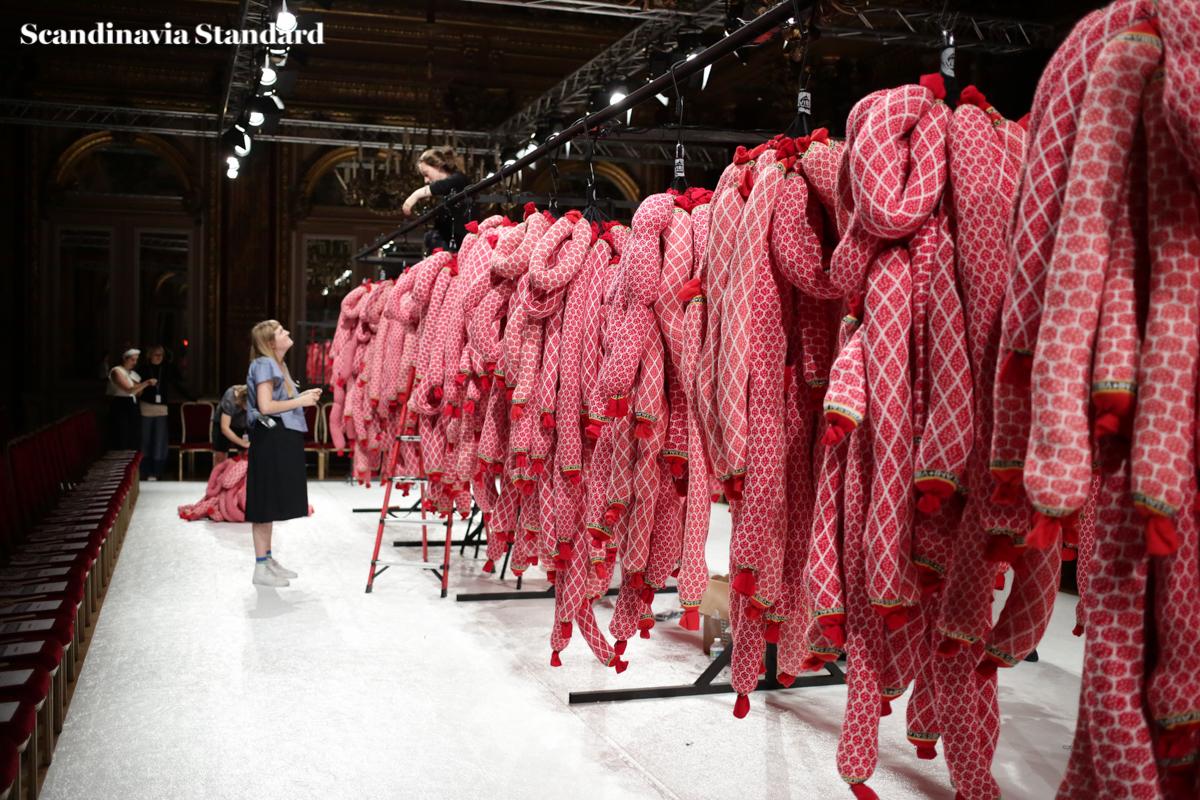 Henrik Vibskov SS17 Paris Fashion Week Men's - J56B2965