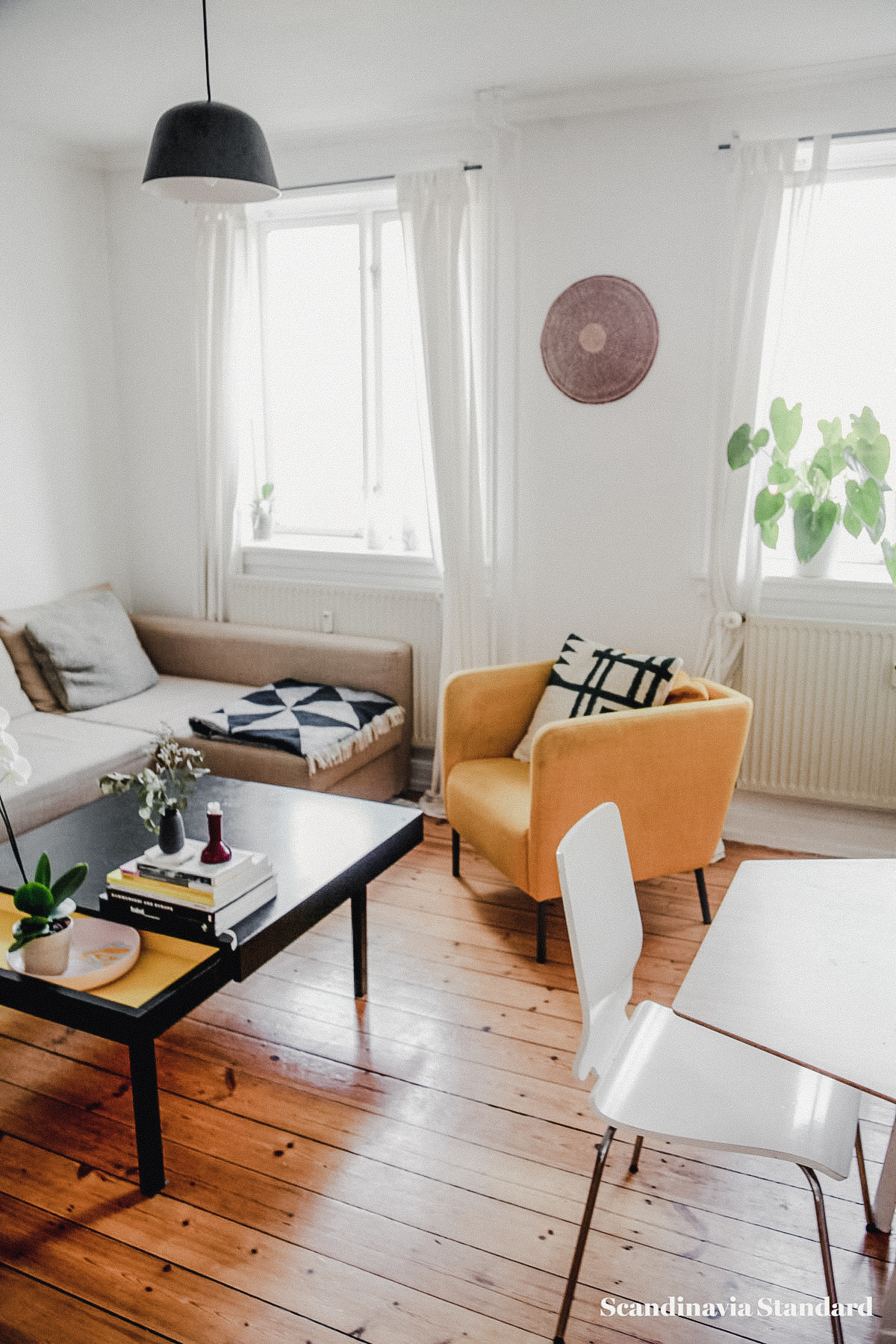 the-white-room-rebeccas-nordvest-apartment-copenhagen-interiors-scandianvia-standard-7578