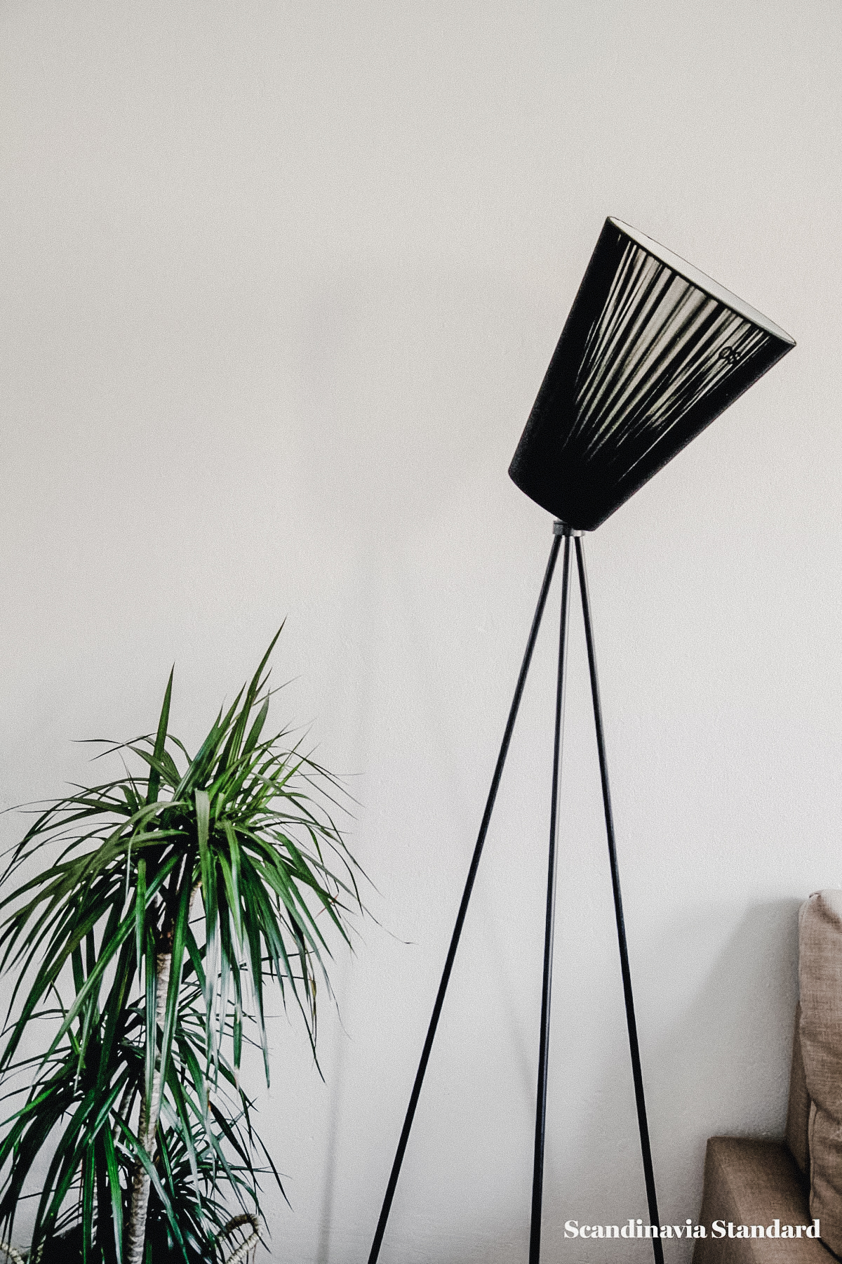 the-white-room-rebeccas-nordvest-apartment-copenhagen-interiors-scandianvia-standard-8507