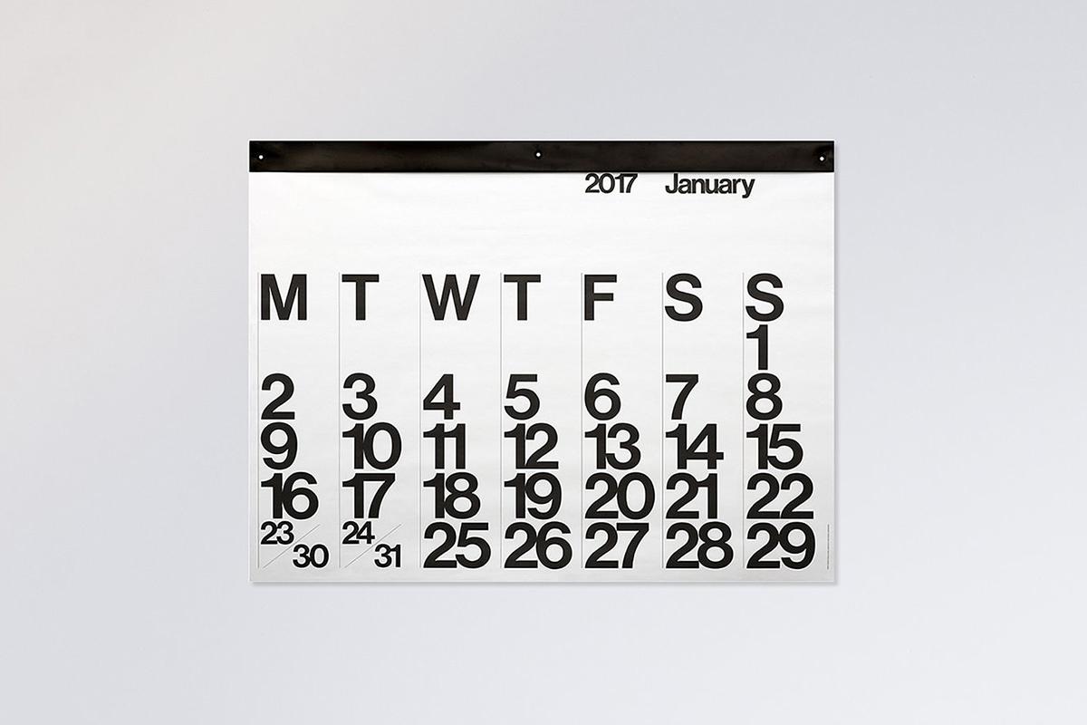 3-stendig-helvetica-calendar-scandinavia-standard