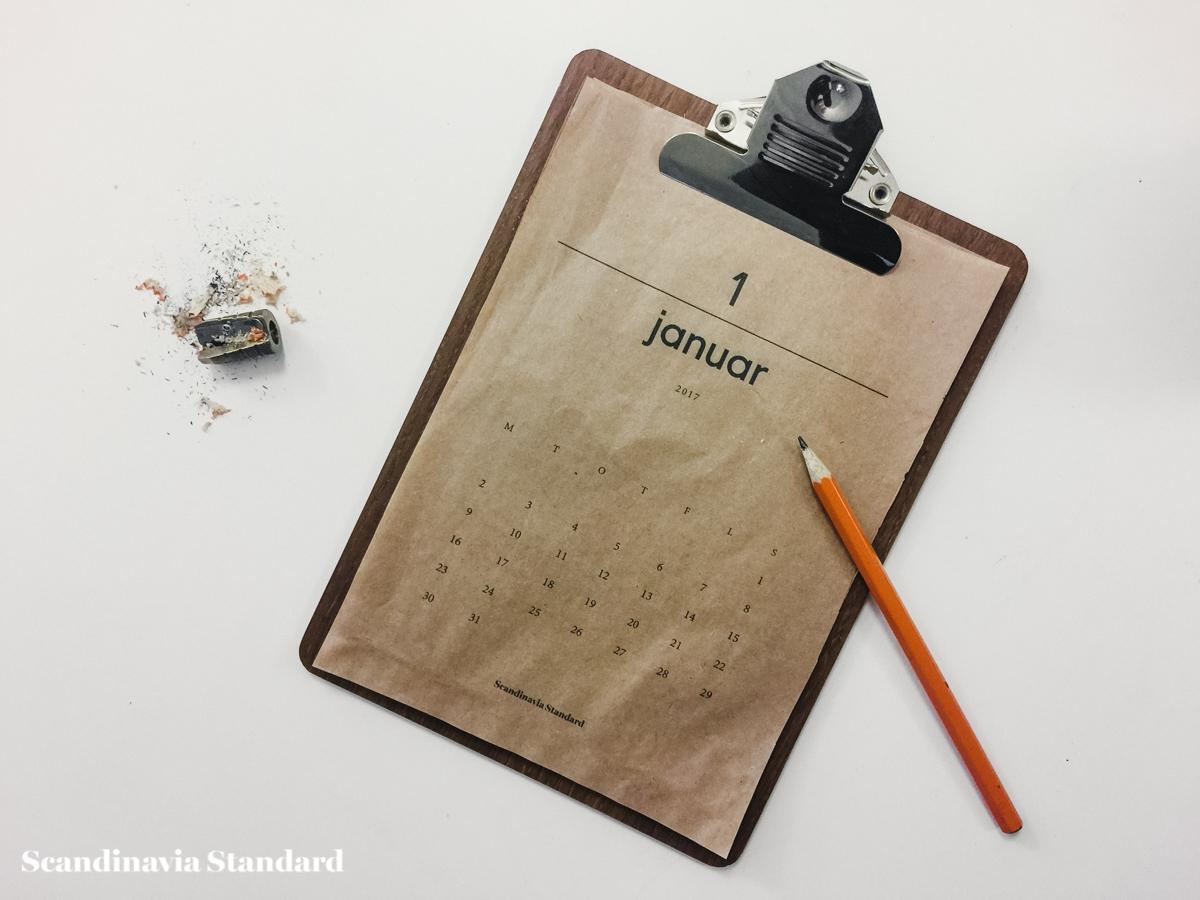 scandianvia-standard-2017-prinatable-calendar-brown-paper