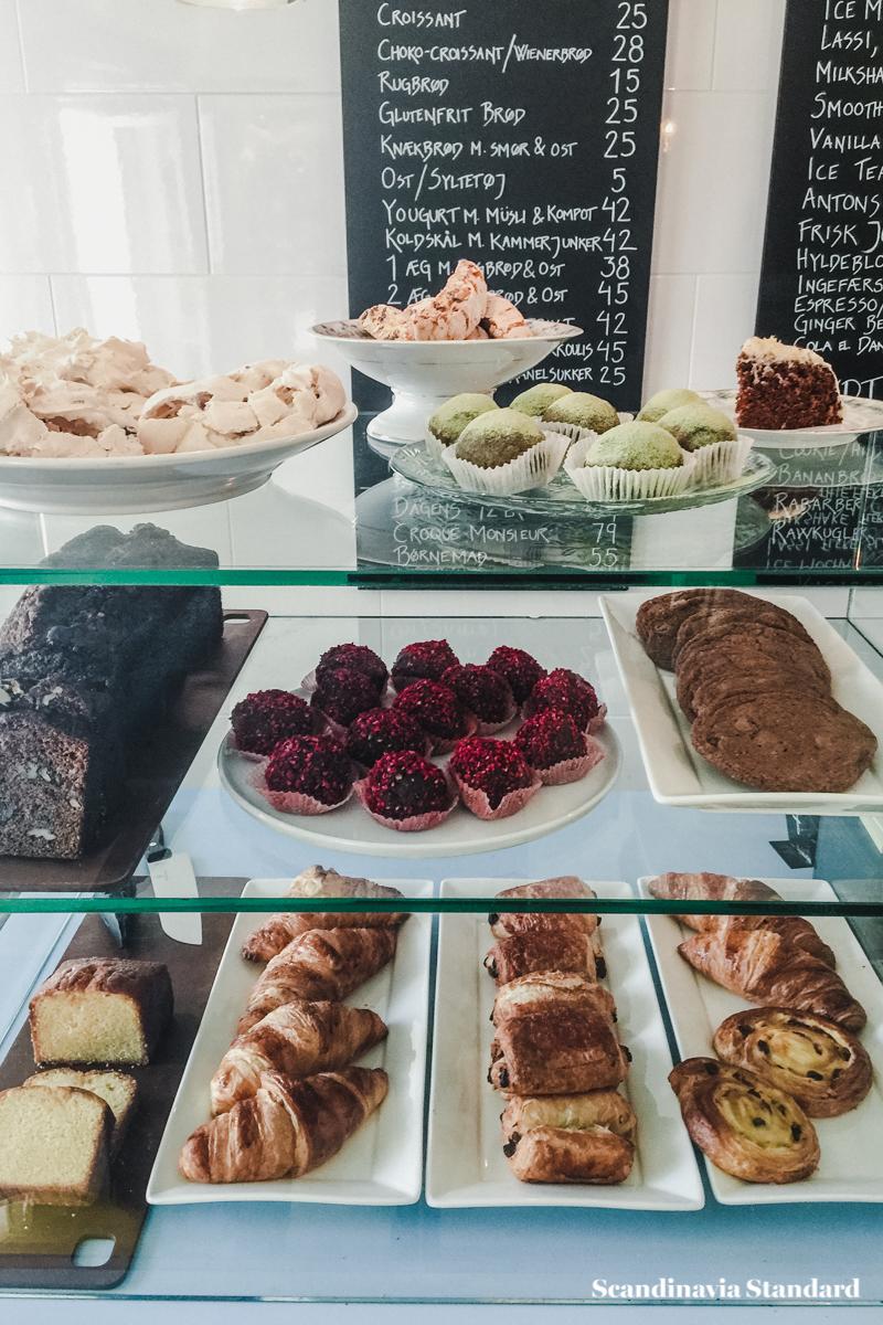 cafe-no-11-cakes-scandianvia-standard