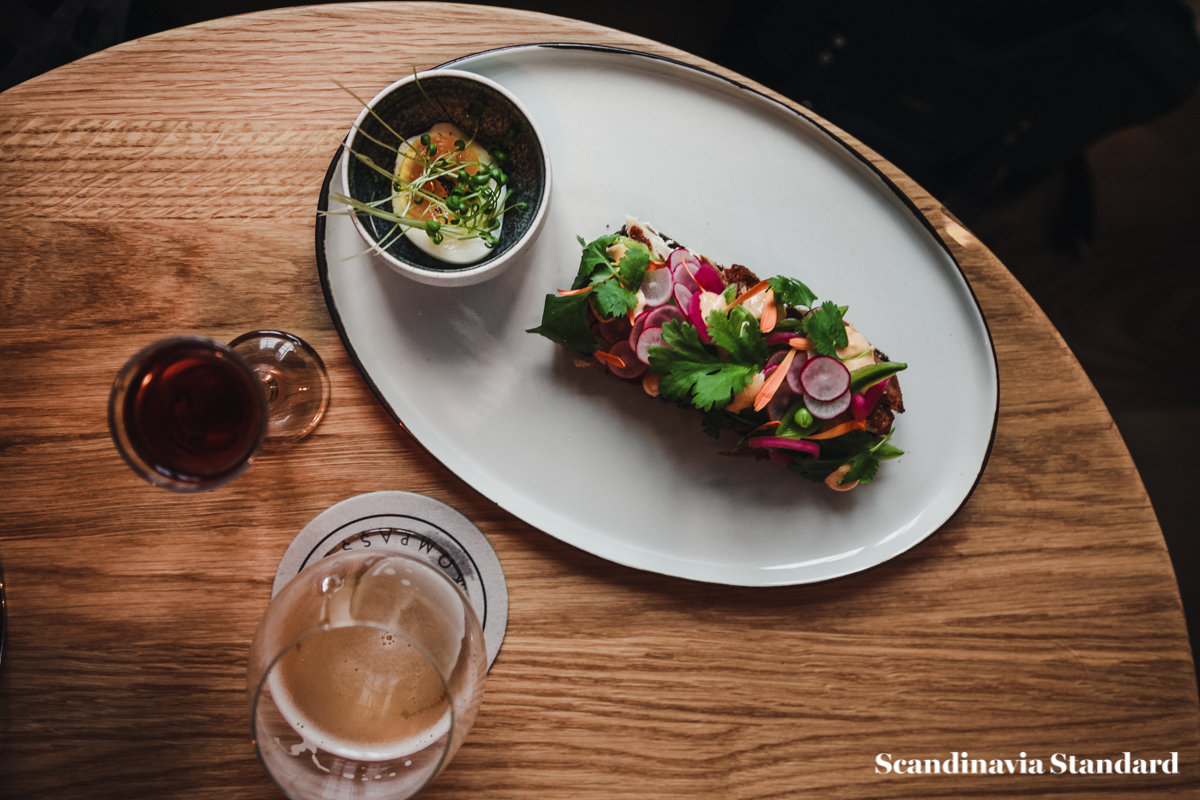 kompasset-smorrebrod-danish-open-sandwiches-copenhagen-scandinaiva-standard