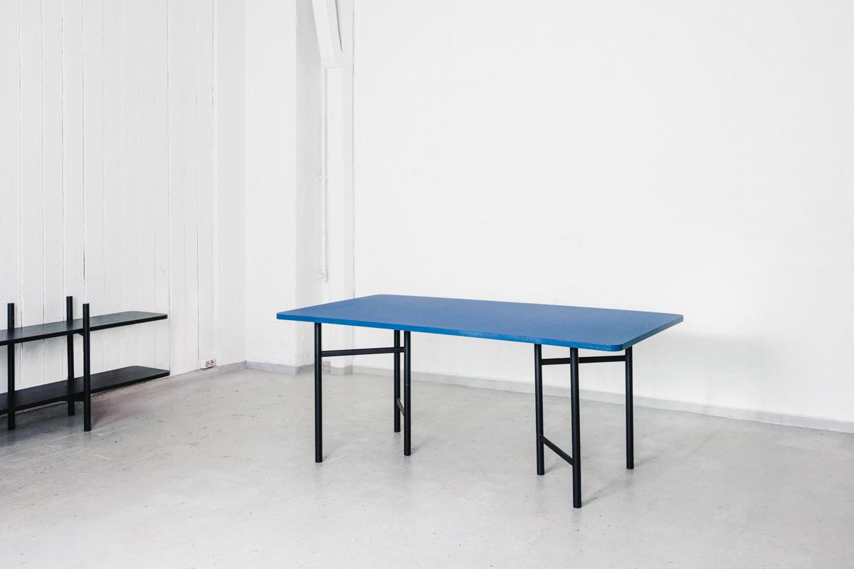 un-elementa-desk-blue-scandinavia-standard