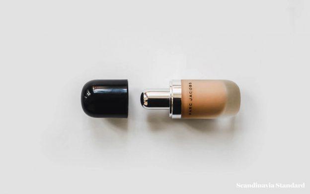 233beeb257f9b Minimalist Packaging We Love  Marc Jacobs Beauty
