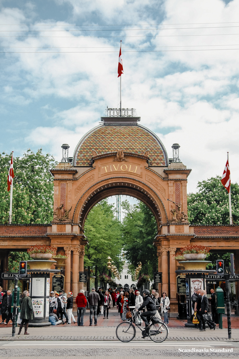 when is tivoli in copenhagen actually open