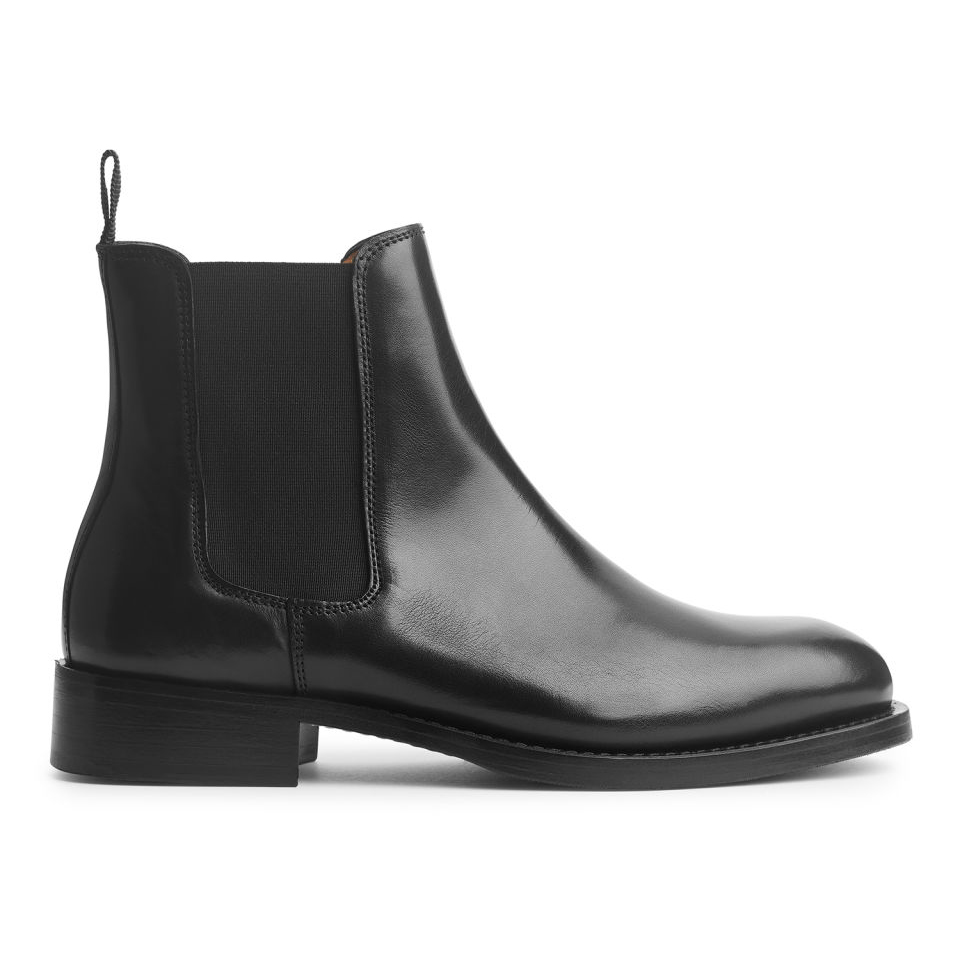 The Best Chelsea Boots for Every Outfit